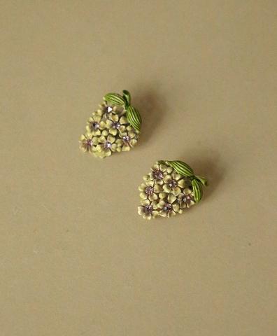 Клипсы Зеленые цветы