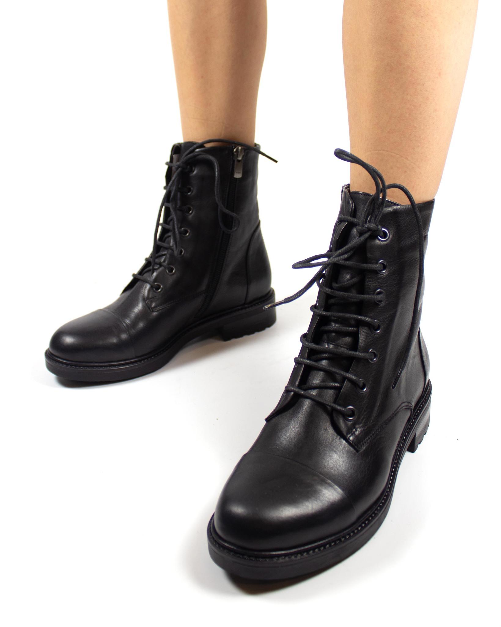 черные ботинки Mario Muzi