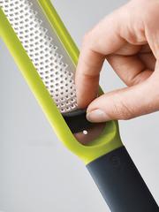 Терка для цедры с очистителем лезвия Joseph Joseph Handi-Zest зеленая 20049