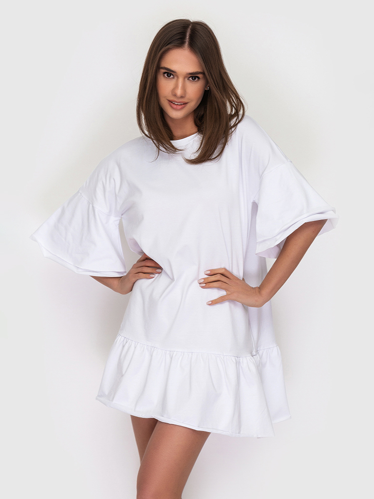 Платье-футболка хлопковое белое с воланами