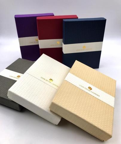 Подарочная коробка для упаковки украшений (большая)
