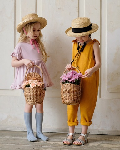 Плетеная корзинка с крышкой