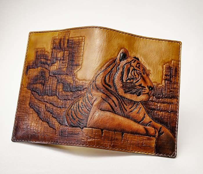 BC196 Кожаный подарочный ежедневник «Тигр», ручной рисунок (A5) фото 06