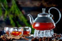 Заварочный чайник с подогревом от свечи в наборе с чашками с двойными стенками, деревянными ложками и бамбуковыми подставками