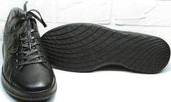 Черные кроссовки с черной подошвой мужские осень весна Ikoc 1725-1 Black.