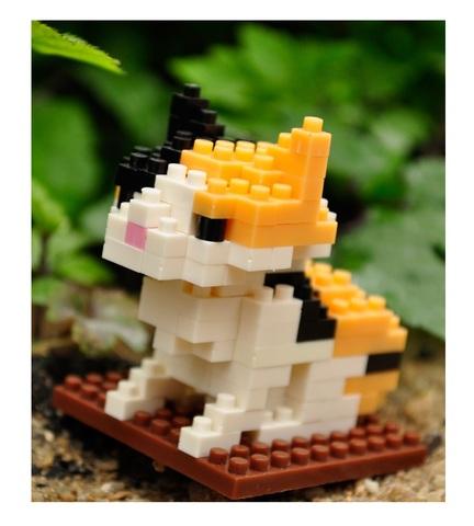 Конструктор Wisehawk & LNO Трёхцветная кошка (ситцевый кот) 106 деталей NO. B5  Calico Cat Gift Series