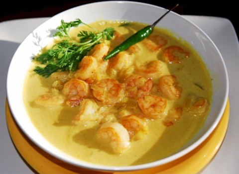 https://static-sl.insales.ru/images/products/1/6371/9689315/0938467001333908260_Indian_shrimp_curry.jpg