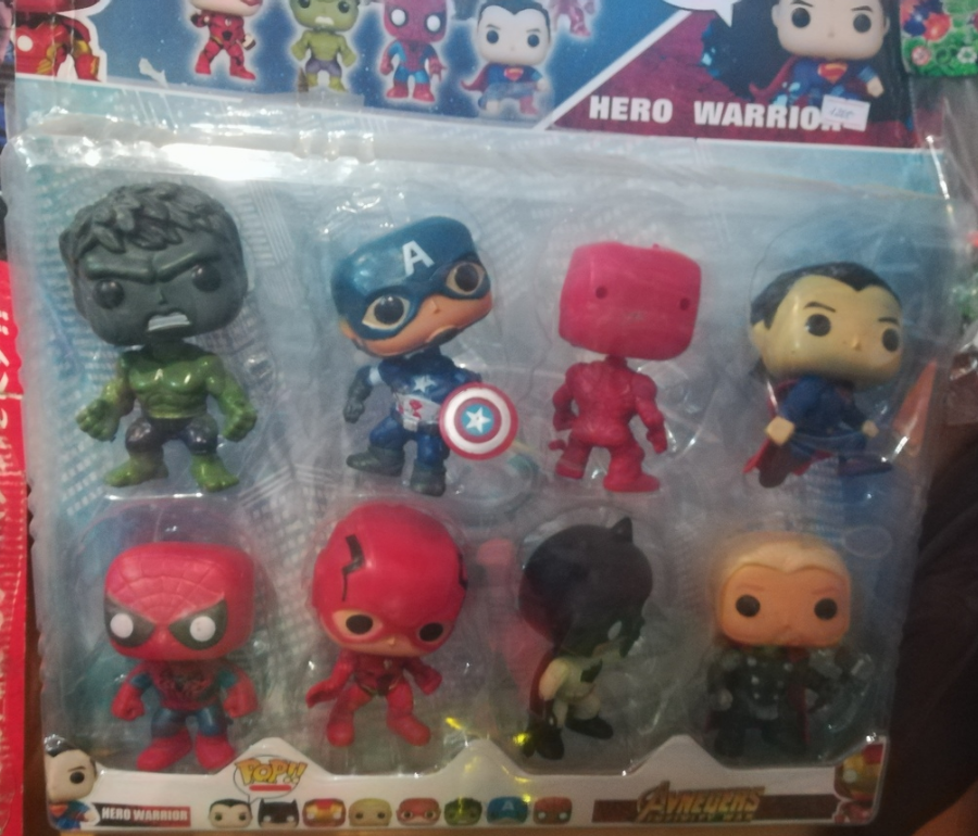 Набор из 8 мини-супергероев по 10 СМ