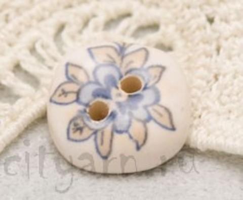 Пуговица керамическая, с голубым цветком и бледно-жёлтыми листьями, маленькая
