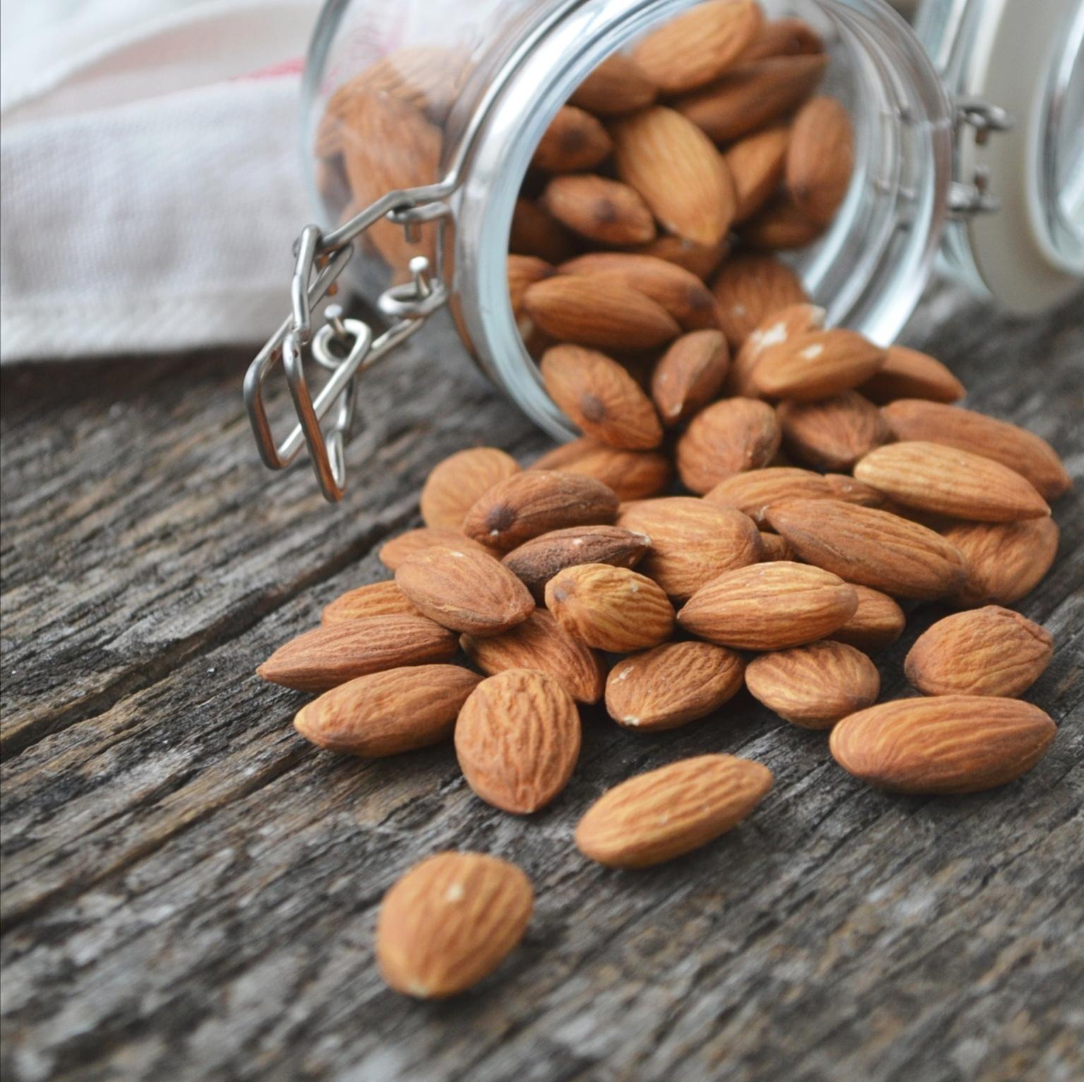 Орехи Миндаль очищенный almond-peeled-07.jpg