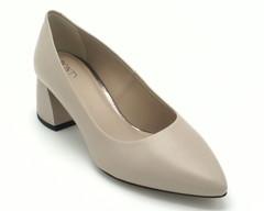 Бело-бежевые туфли из натуральной кожи