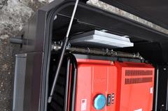 Бензиновый генератор установленный в бесшумный всепогодный миниконтейнер