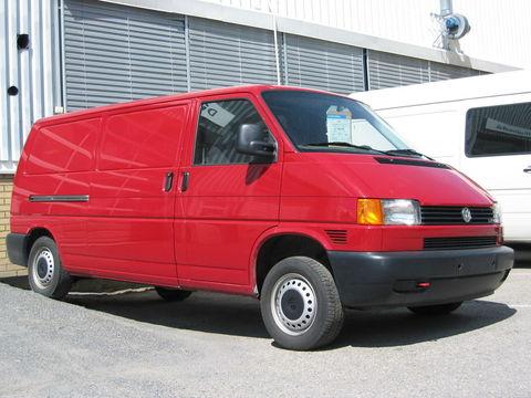 Чехлы на Volkswagen T4 фургон Multivan / Caravelle / Transporter 1990–2003 г.в.