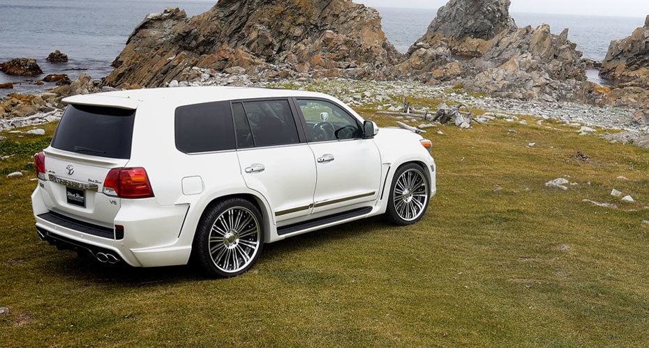 Обвес WALD Black Bison для Toyota Land Cruiser 200 Копия