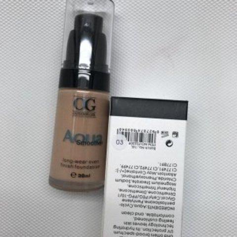 OG-FS5209 Тональная основа для макияжа стойкая  тон 03 AQUA SMOOTHER
