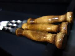 Шампур Grillux с деревянной ручкой 760х15х3