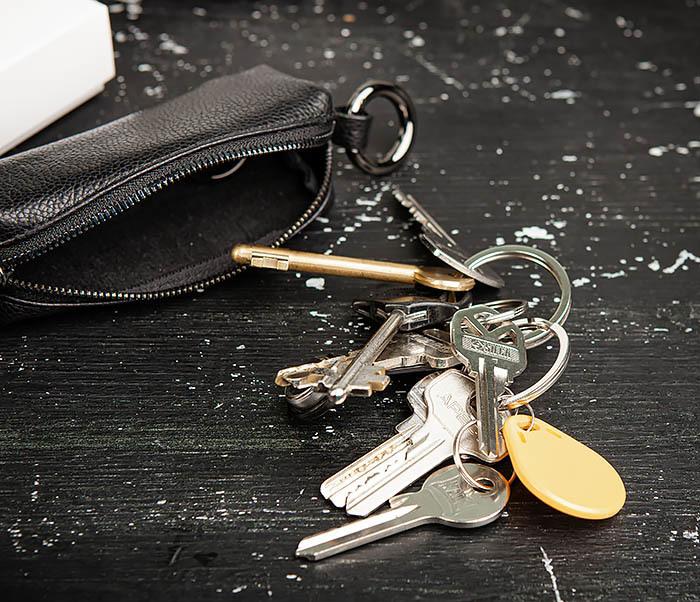 BC218-1 Удобная ключница «Santini» из натуральной кожи с кольцом фото 09