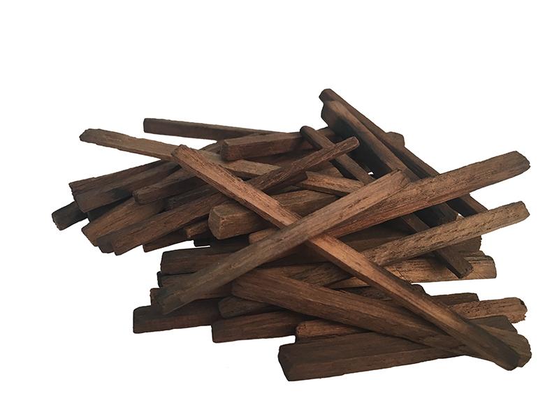 Очистка и настойка Щепа дубовая кавказская (сильный обжиг) (прямоугольная форма) 50 грамм 10029_G_1495028723876.jpg