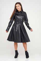 Черное платье из экокожи с длинным рукавом