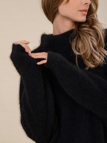 Женский свитер черного цвета из ангоры - фото 3