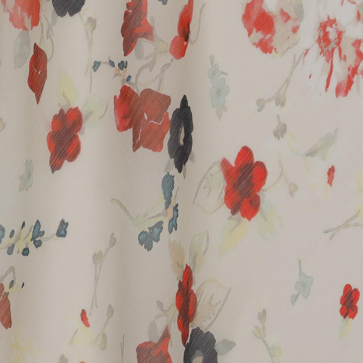 """Шёлковый шифон-""""жатка"""" молочного цвета с красными цветами"""