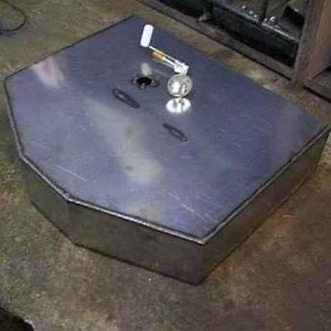 Дополнительный топливный бак: изготовление и установка