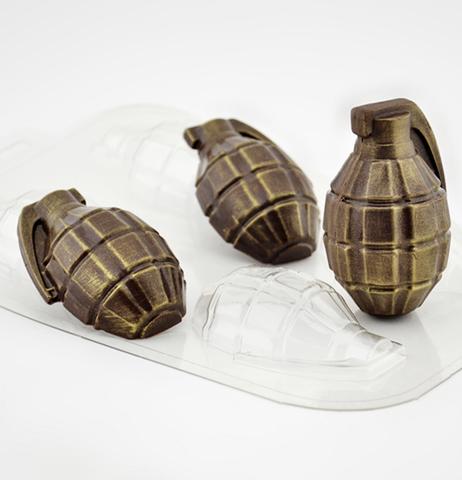 Пластиковая форма для шоколада  ср. ЛИМОНКА ДВОЙНАЯ (ГРАНАТА ВОЕННАЯ) 4в1 (размер 65х40мм)