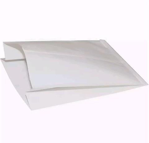 Пакет бумажный с ламинацией 145+90х285 мм  без печати