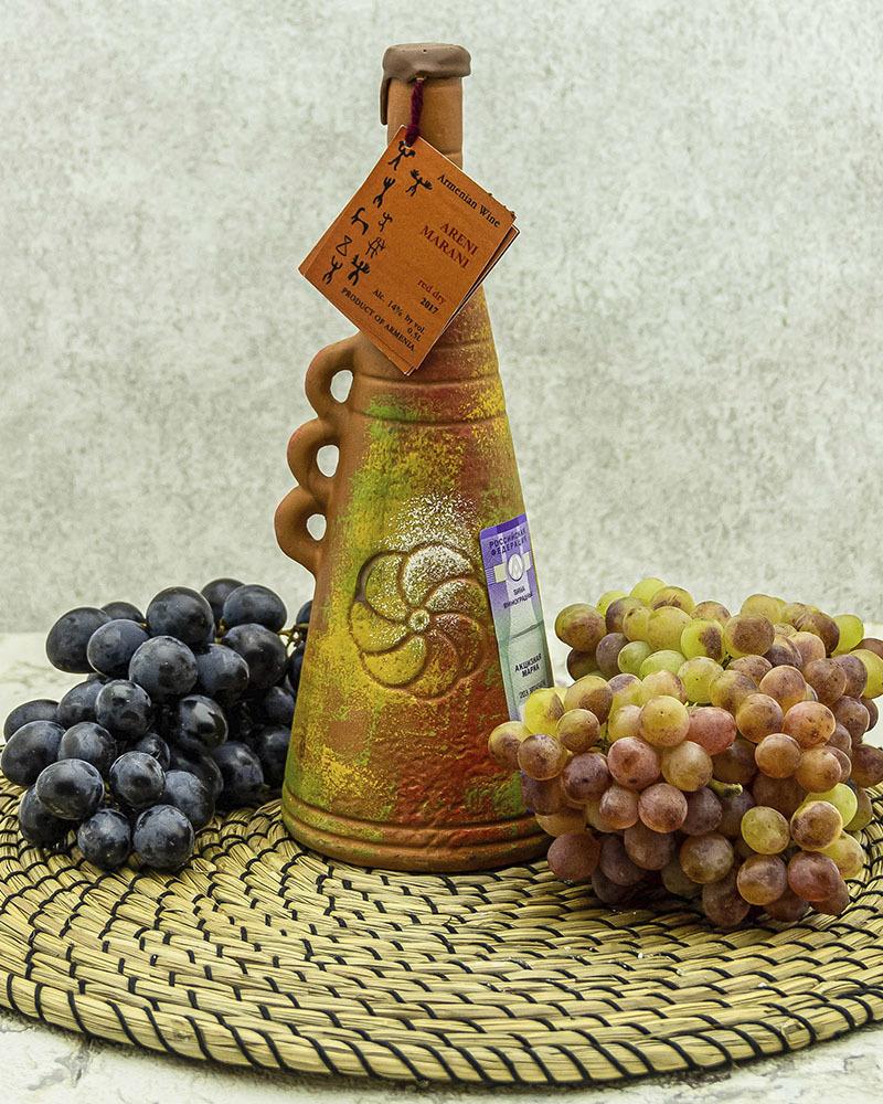 Вино Maran Winery Арени Марани Красное Сухое в Кувшине 2017 г.у. 14% 0,5 л.