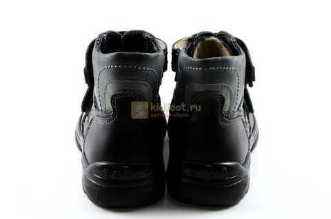 Ботинки Тотто из натуральной кожи демисезонные на байке для мальчиков, цвет черный. Изображение 7 из 11.