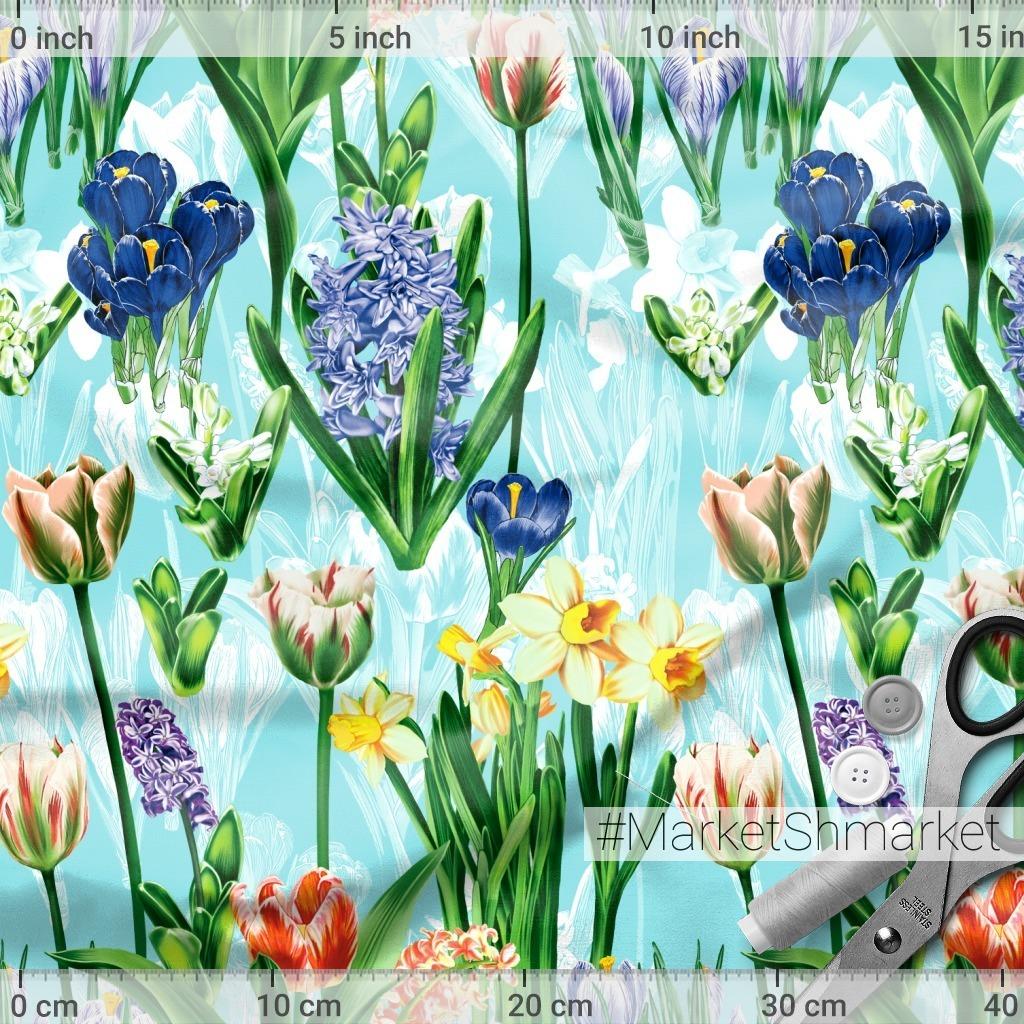 весенние цветы на голубом фоне