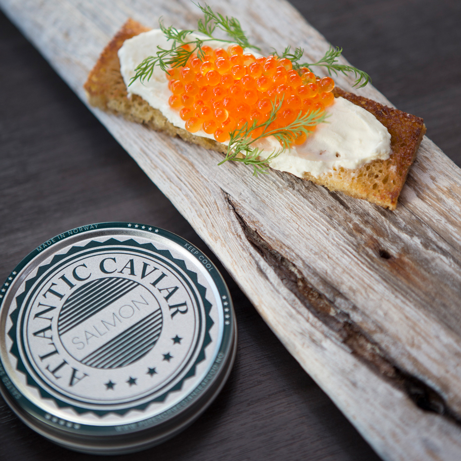 Norwegian salmon caviar of the premium quality 250g