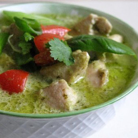 https://static-sl.insales.ru/images/products/1/6431/68860191/pork_kiwi_green_curry.jpg