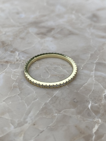 Кольцо из позолоченного серебра с цирконами