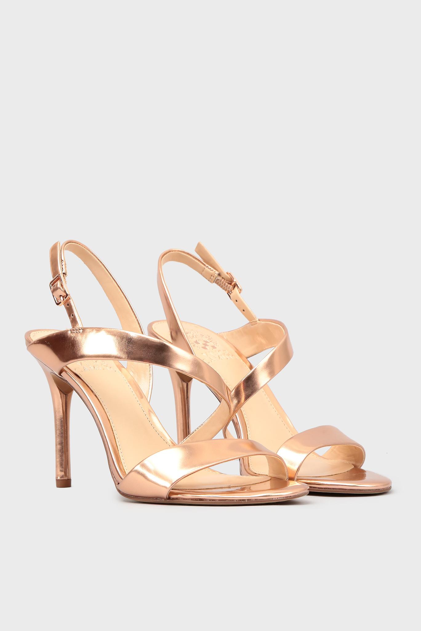 Женские золотистые кожаные босоножки Vince Camuto