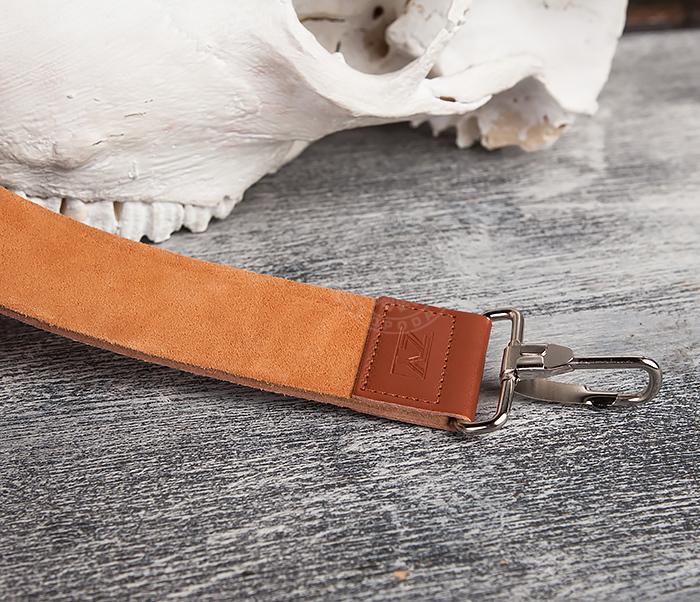 RAZ105 Кожаный ремень для правки опасной бритвы с рукояткой фото 04