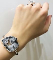 Браслеты с полудрагоценным камнем (агат, кварц, аметист)