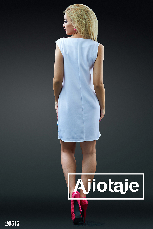 Платье мини А-силуэта белого цвета