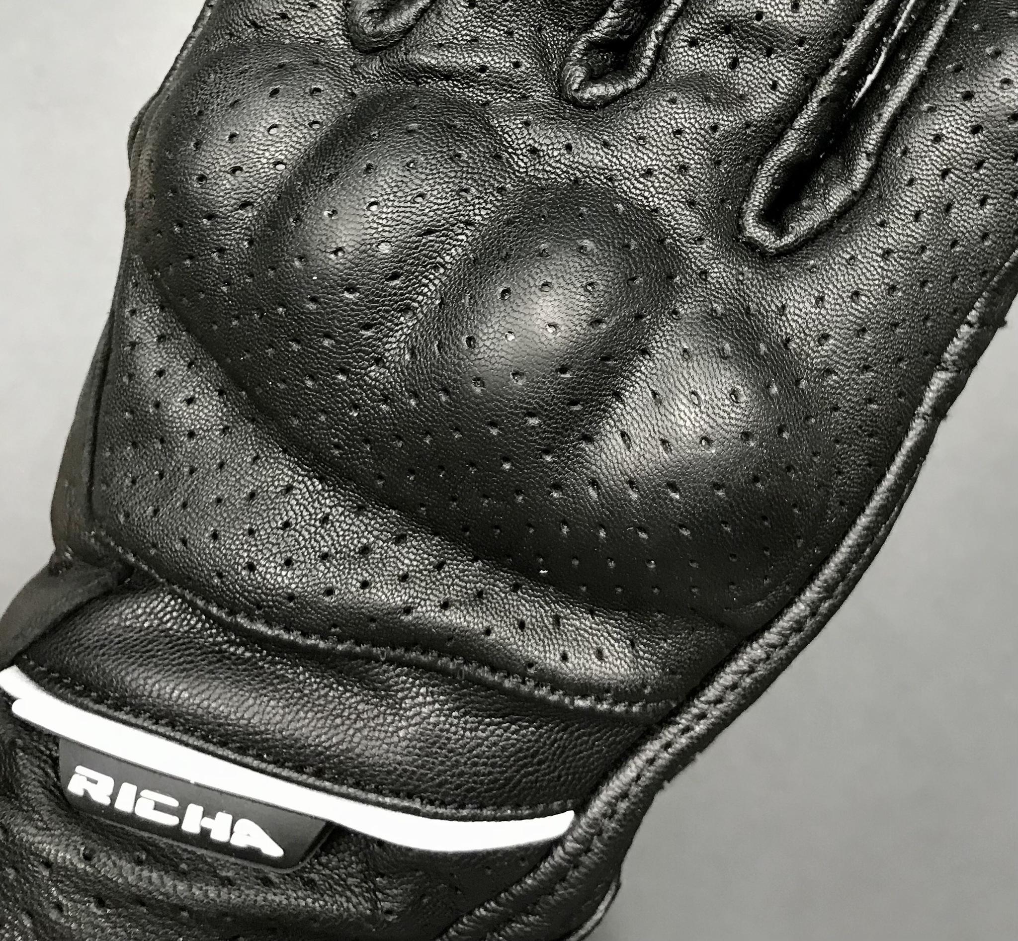 RICHA CRUISER GLOVES Perforated black