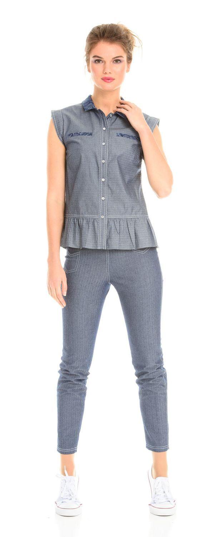 Блуза Г550-191 - Хлопковая блуза  из ткани под джинсу с рукавами-крылышками, отложным воротником и присборенной кокеткой по низу, поможет создать романтичный летний образ.