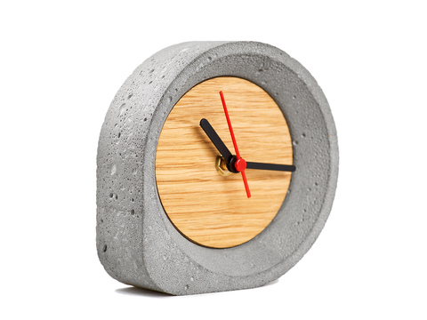 Часы настольные GF