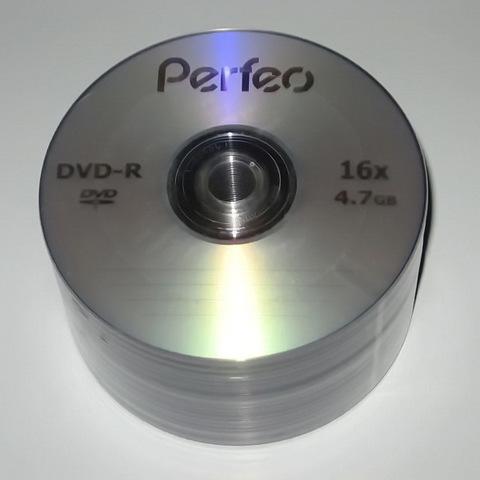 Диски Perfeo DVD-R 4,7 GB 16x, Bulk/50, серебристый (CMC Magnetics)