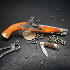 British flintlock pistol