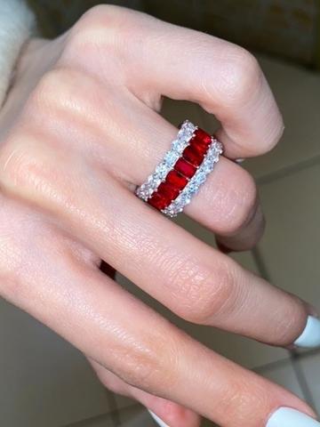 60321- Широкое кольцо-дорожка из серебра с рубиновыми цирконами