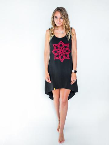 Платье асимметричное черное с винным кружевом