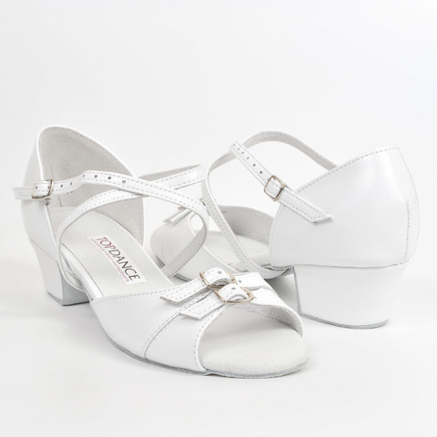 Детские туфли для бальных танцев