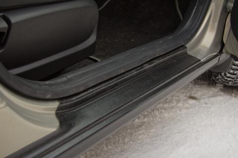 Cross-комплект. Накладки на арки и пороги LADA VESTA SW и Sedan