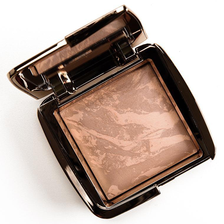 Бронзер Hourglass Ambient Lightning Bronzer Nude Bronze Light