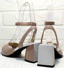 Бежевые босоножки с квадратным каблуком. Женские босоножки на среднем каблуке Brocoli B18900N-5454 Beige.