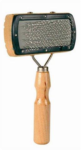 Trixiе 2300 Щетка д/пуделя с каплей, деревянная ручка 18*10см
